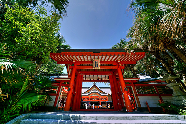 ①青島神社
