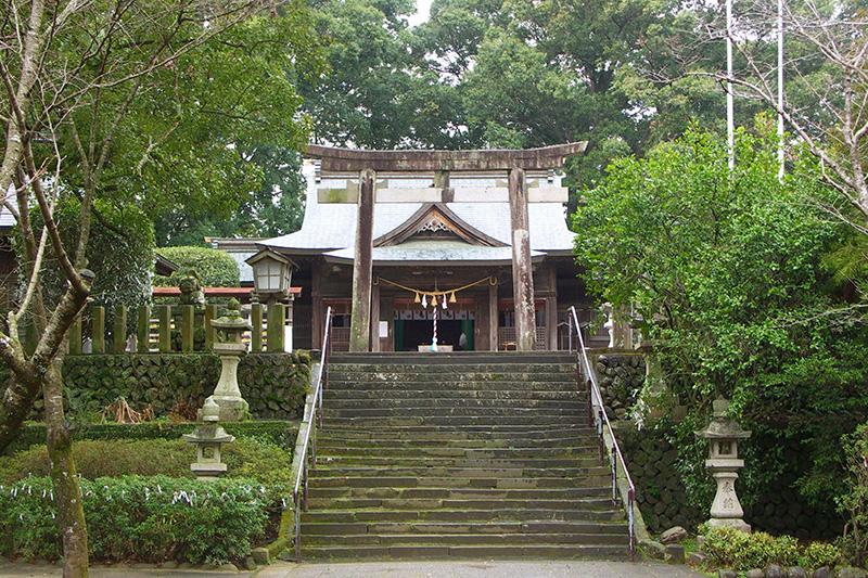 ②都万神社